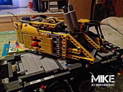 Stockerau hat einen weiteren Lego Technic 42009 Kran / Bild, Bearbeitung und Zusammenbau Mike Meier (mike(at)der-meier.at)
